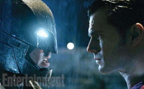 Batman & Superman Face Off