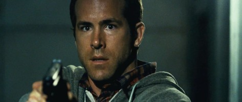 ryan-reynolds-as-matt-weston-in-safe-house.jpg